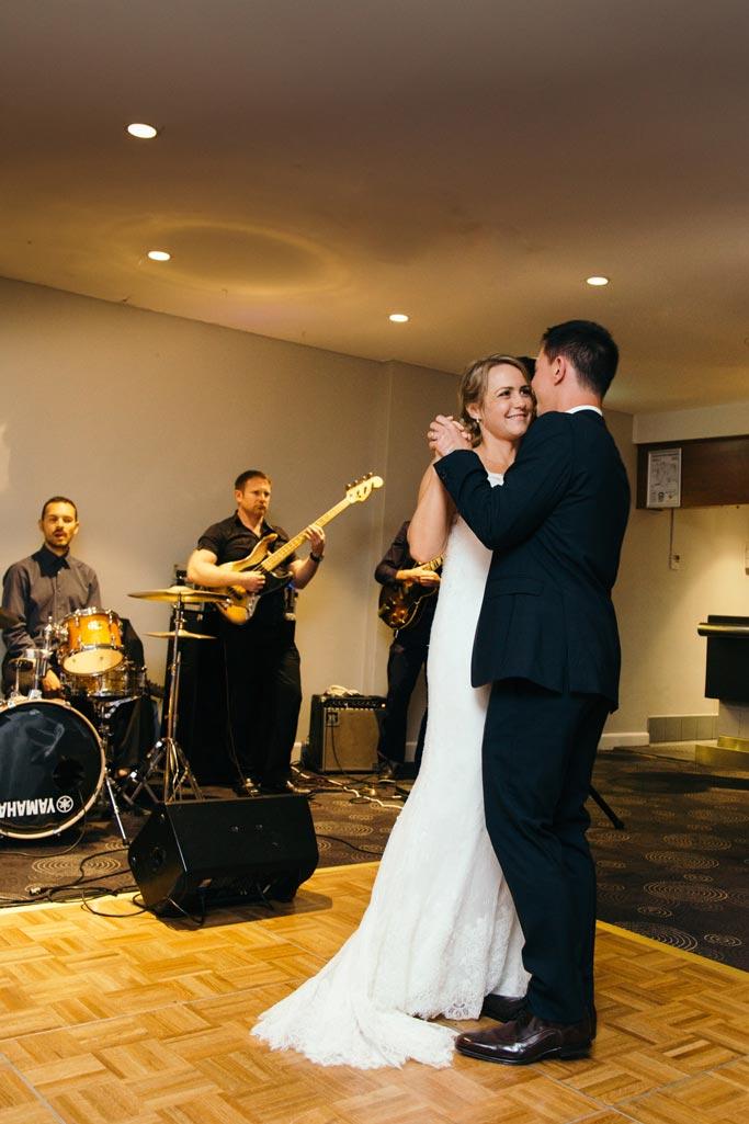 sydney-wedding-photographer-photographer-pete-leanne-nick-163