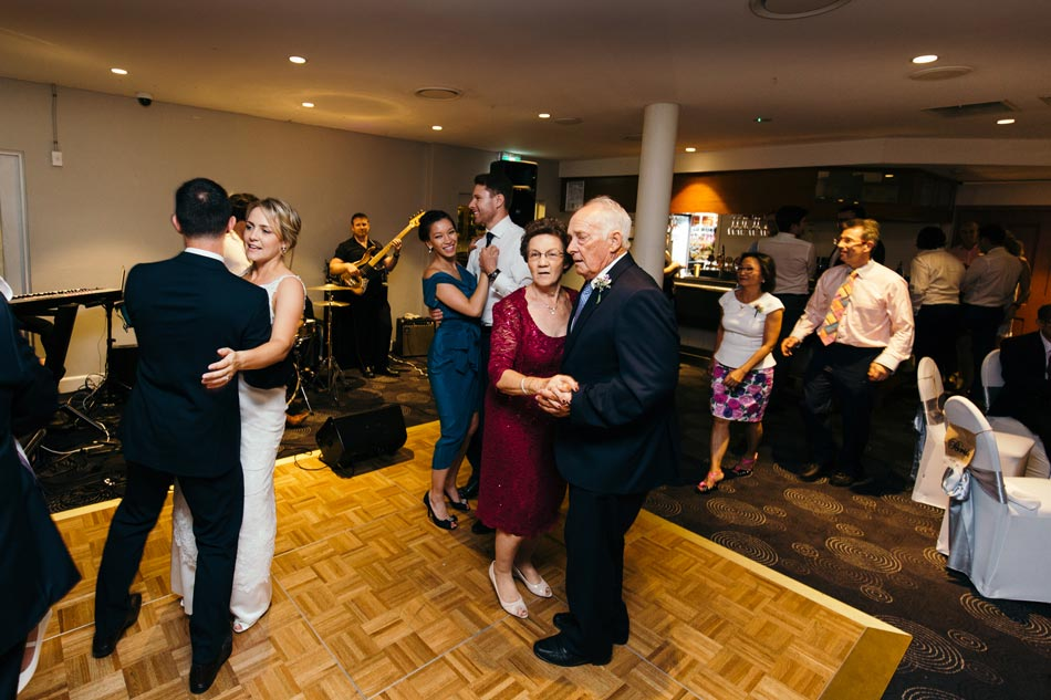 sydney-wedding-photographer-photographer-pete-leanne-nick-165