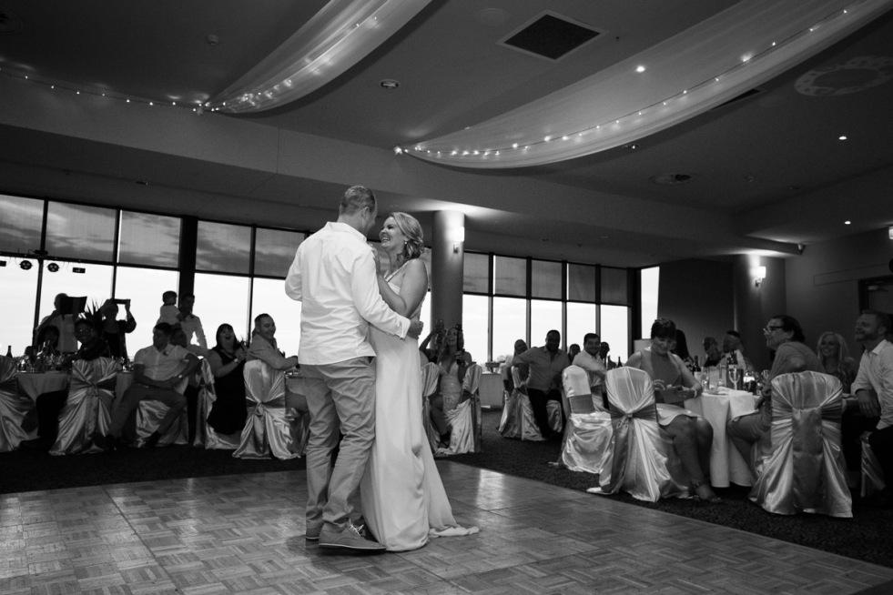 sydney-wedding-photographer-pete-heidi-justin-56