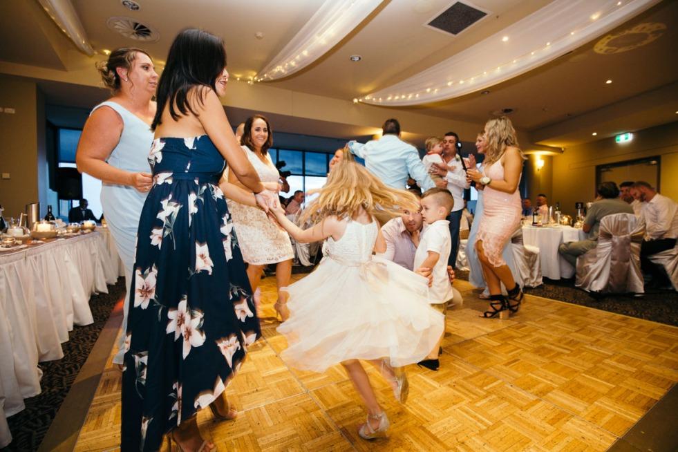 sydney-wedding-photographer-pete-heidi-justin-60